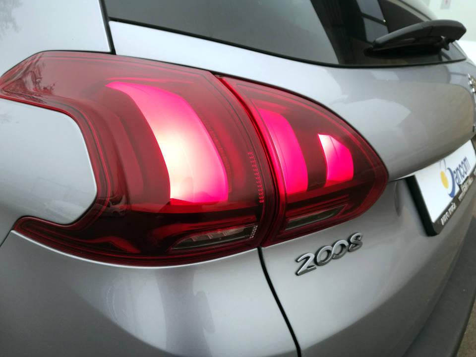 Fotografija za 2019 Peugeot 2008 1.6BlueHDI Allure