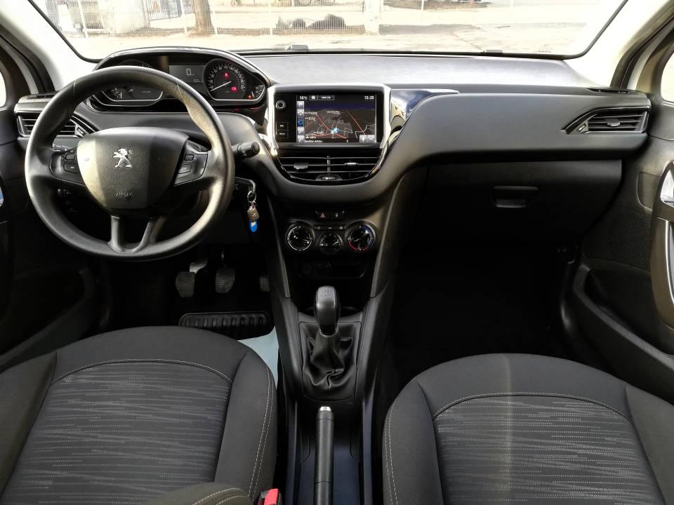 Fotografija za 2022 Peugeot 208 1.6BlueHDI