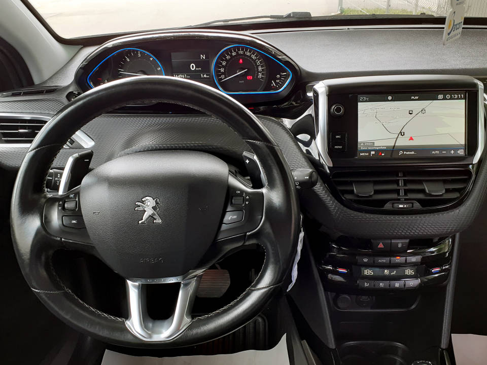Fotografija za 2229 Peugeot 2008 1.6BlueHDI