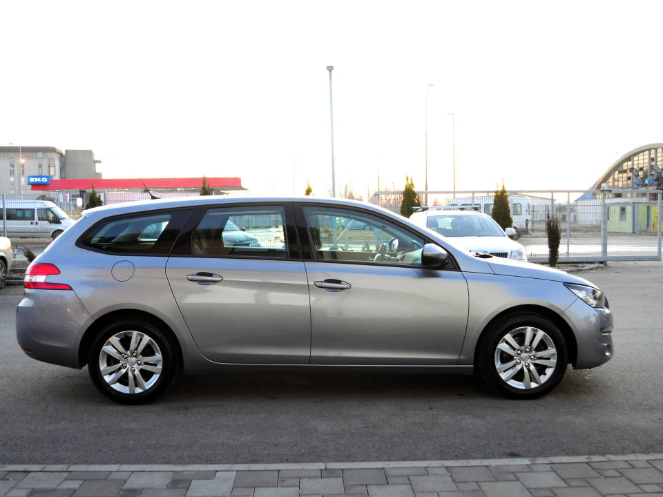 Fotografija za 2026 Peugeot 308 1.6BlueHDI Business