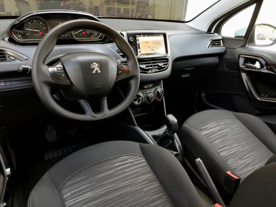Fotografija za 2069 Peugeot 208 1.6BlueHDI